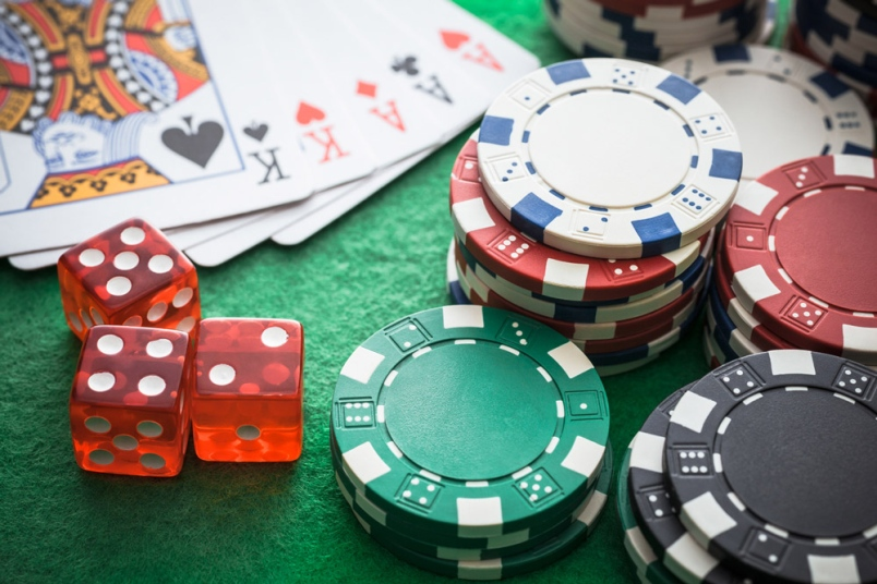 Why people choose gambling as the right way for earning huge money?