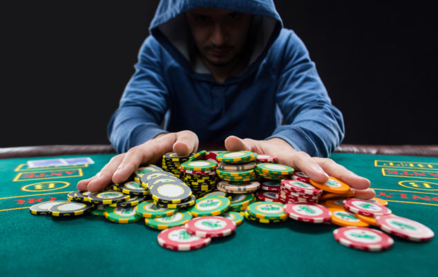 Choosing right site is important on playing casino games: